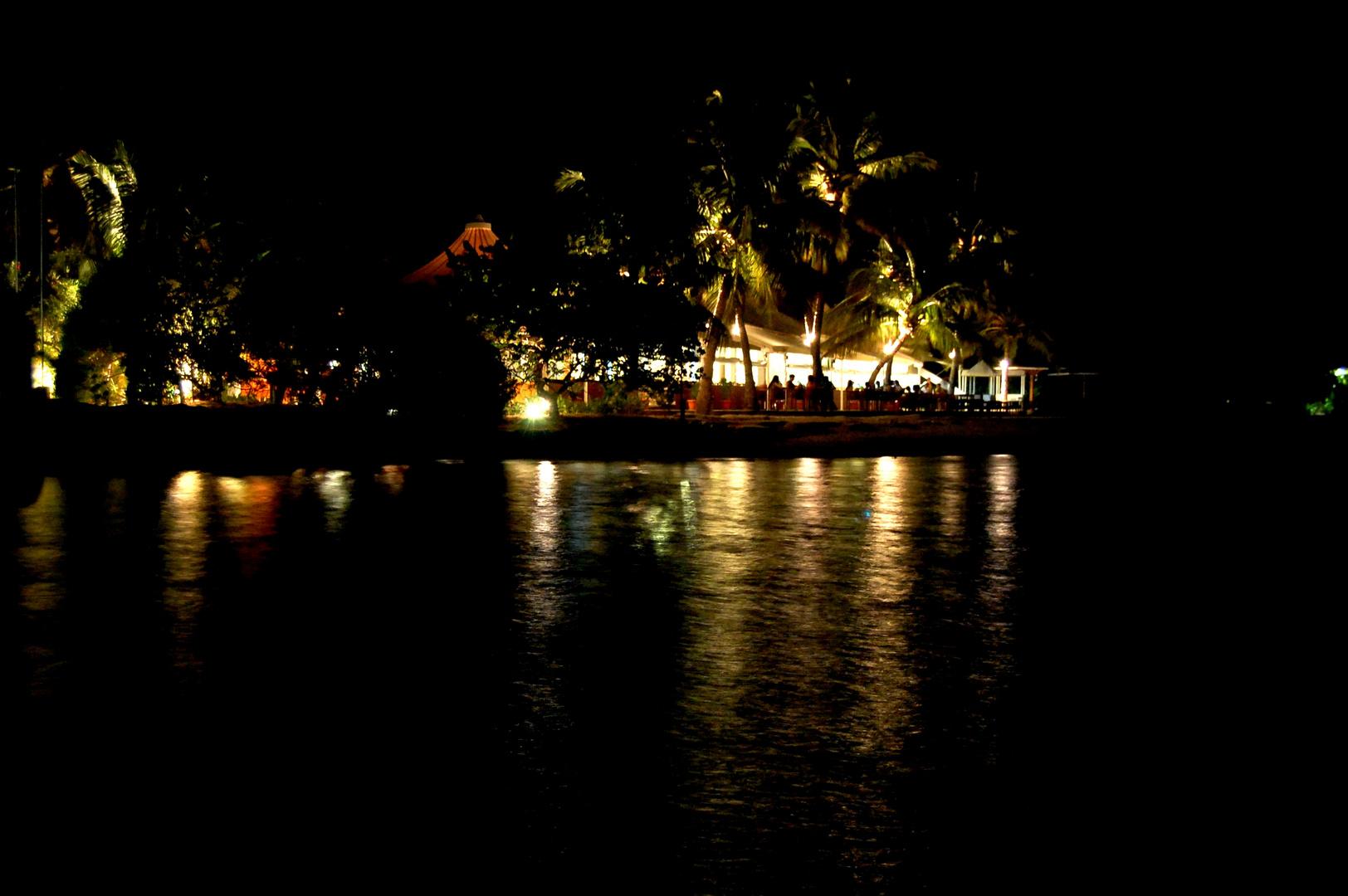 Chaaya Lagoon Hakura Hurraa Restaurant