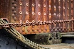 Chains and rust