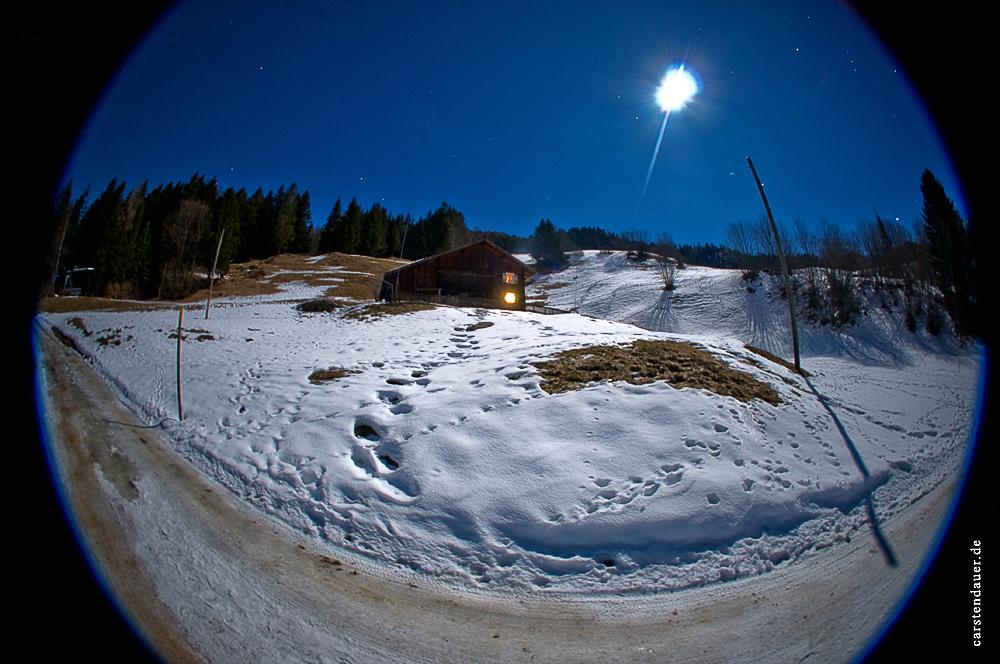 Chalet Barsuela by Night 8mm 30 Sekunden