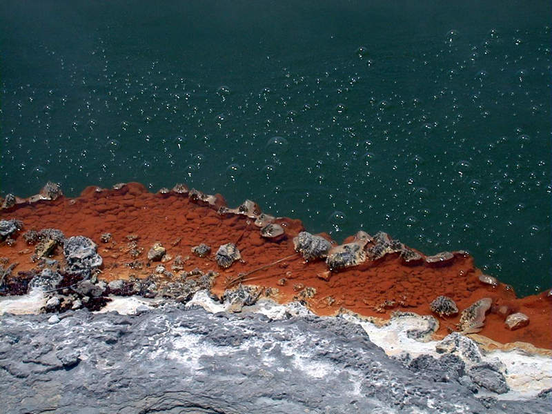 """""""champagne pool"""" in New Zealand"""