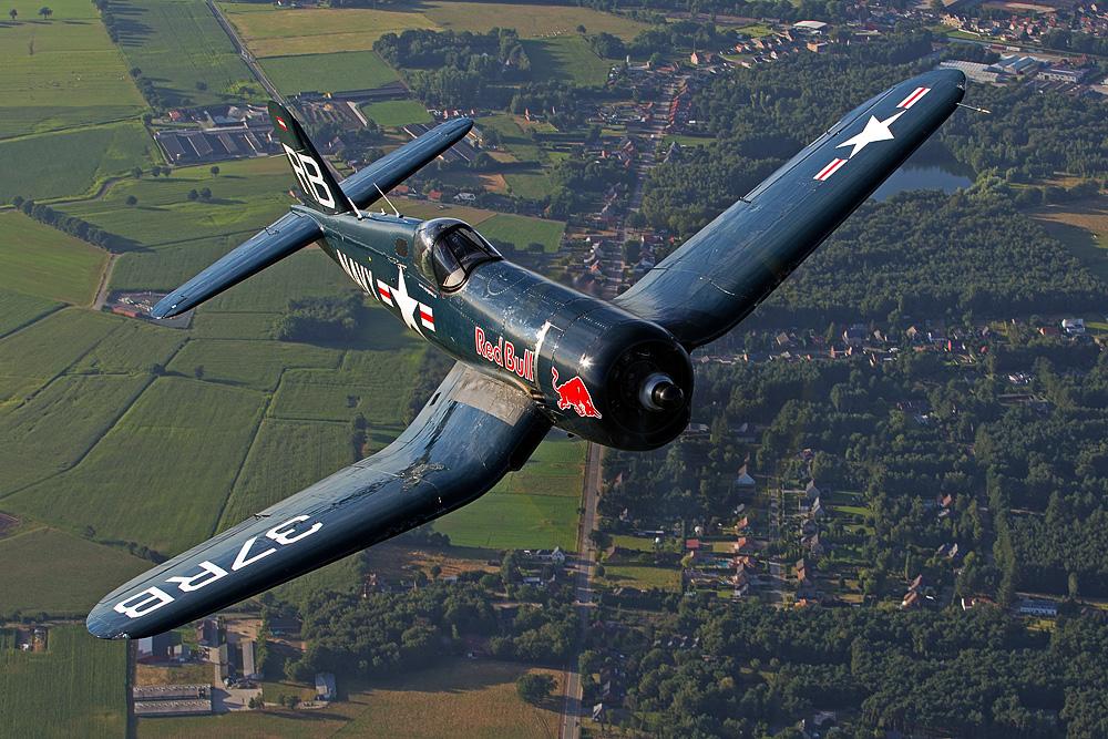 "Chance-Vought F4U-4 Corsair ""Red Bull"""