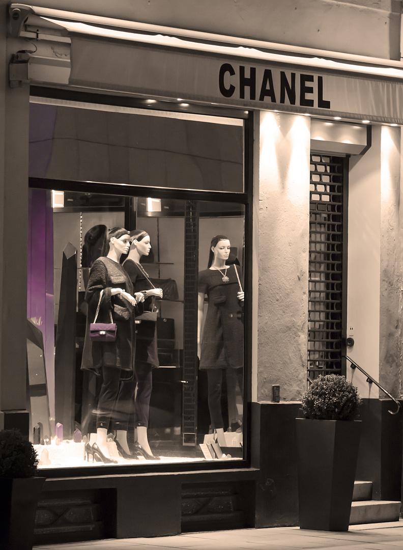 chanel - beauty`s of night..