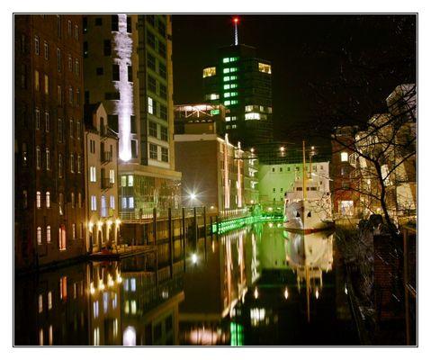 Channel Harburg @ Night
