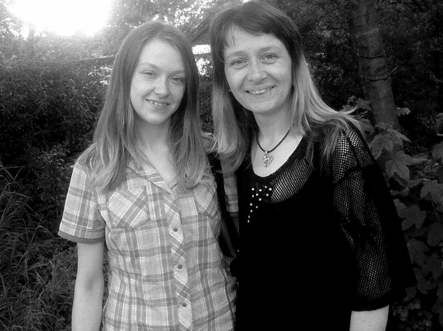 Chantal & Ihre Mami (in Schwarz-Weiss)