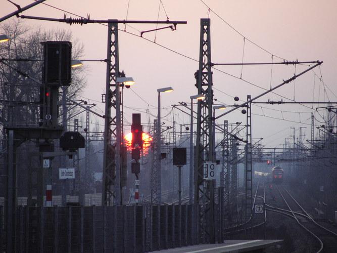 Charlottenburger Bahnhof am Abend