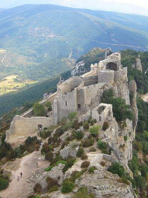 >>>[[[ Chateau de Peyrepertuse