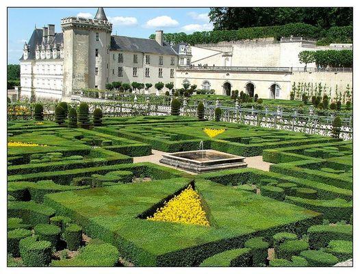 chateau de Villandry et ses célèbres jardins