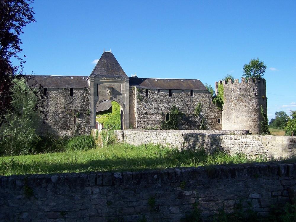Chateau de Villars 58490