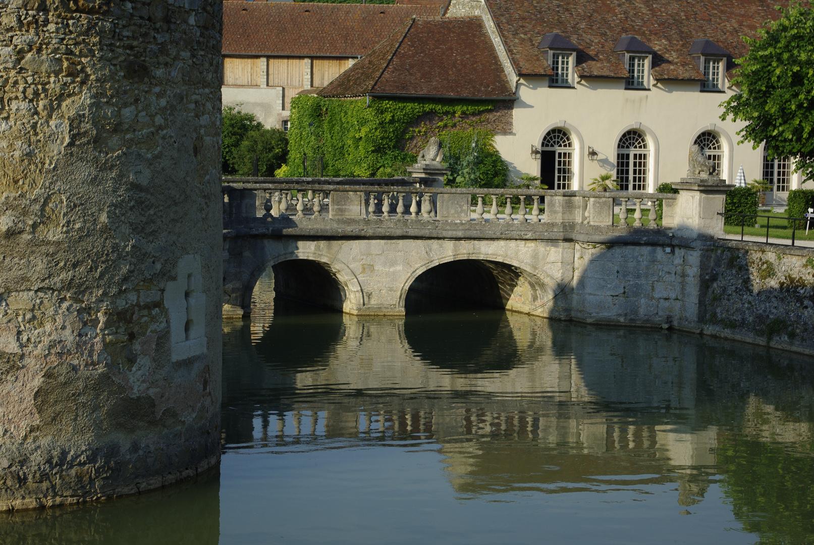 Chateau d`Etoges 2