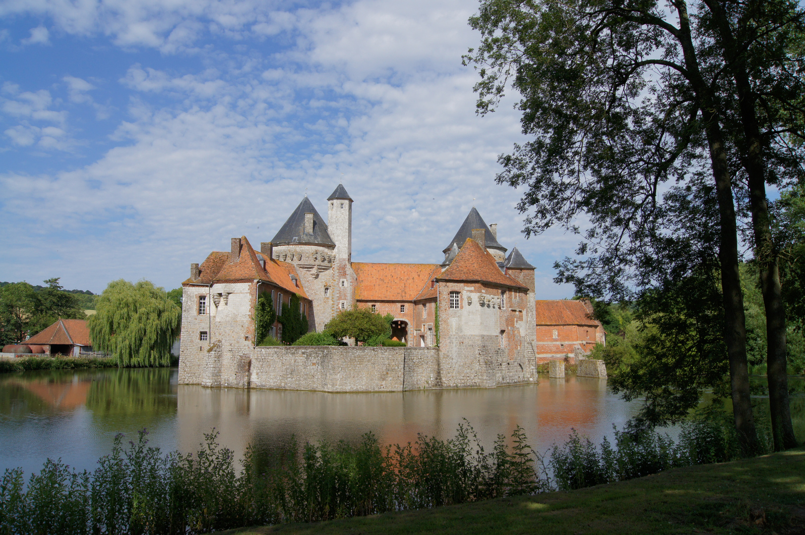 chateau feodall
