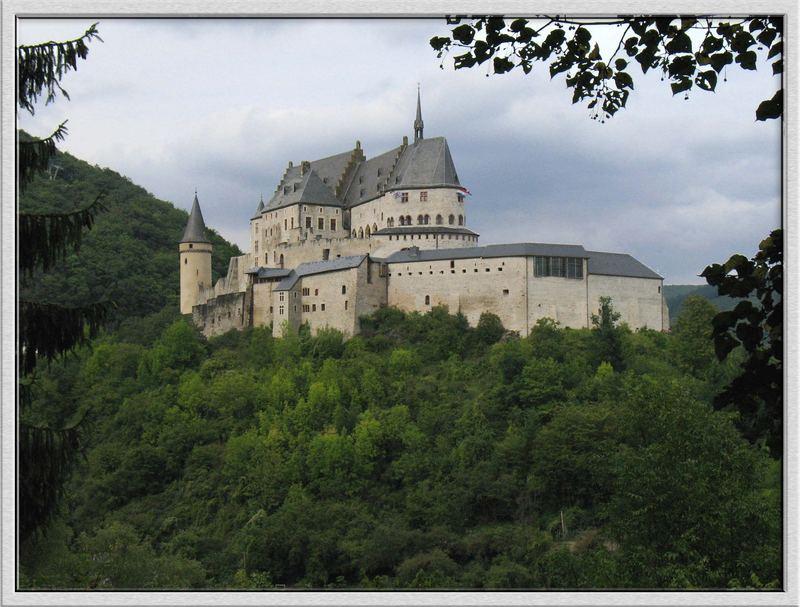 Chateau Vianden (Luxemburg)