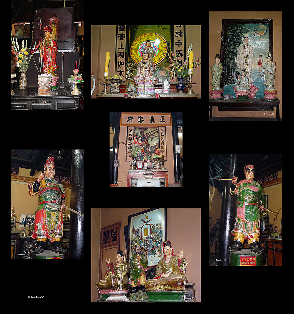 Chau Doc - Altäre für hinduistische Götter und Wächter