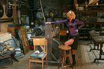 Chefin in der Werkstatt (5)
