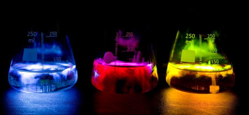 Chemolumineszenz mit Luminol (3-Amino-Phthalsäurehydrazid)