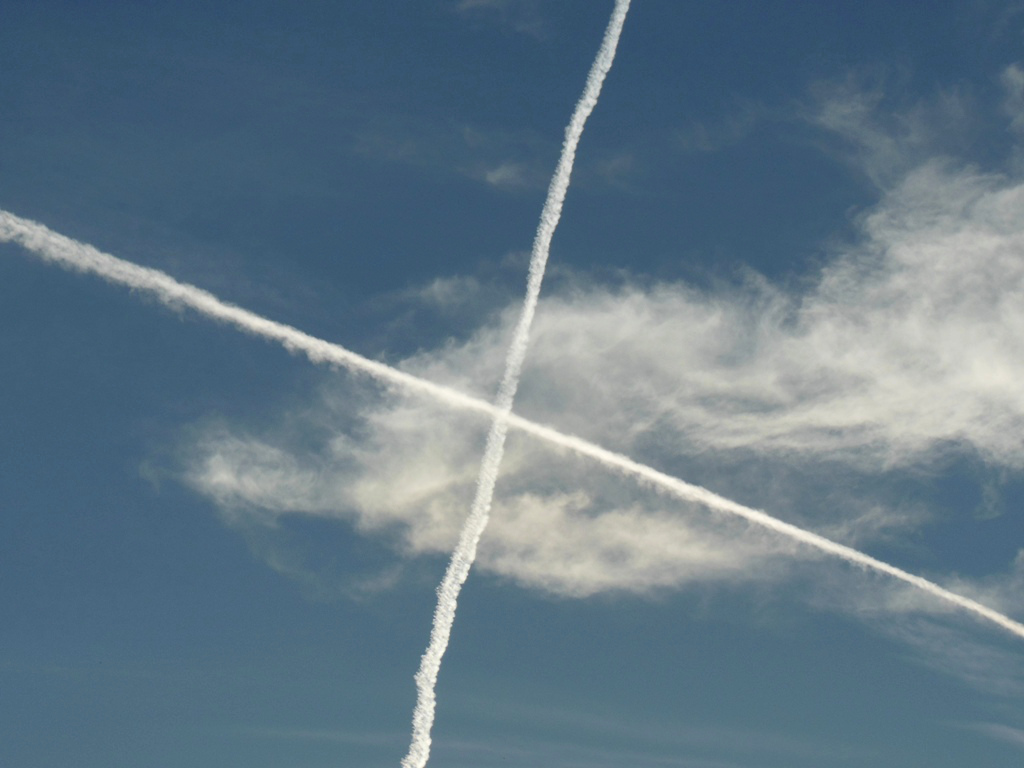 """""""Chemtrails"""""""