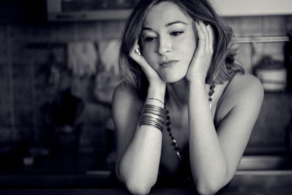 Chiara Oleotti shooting artist bn
