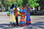Chicas en el Parque Central