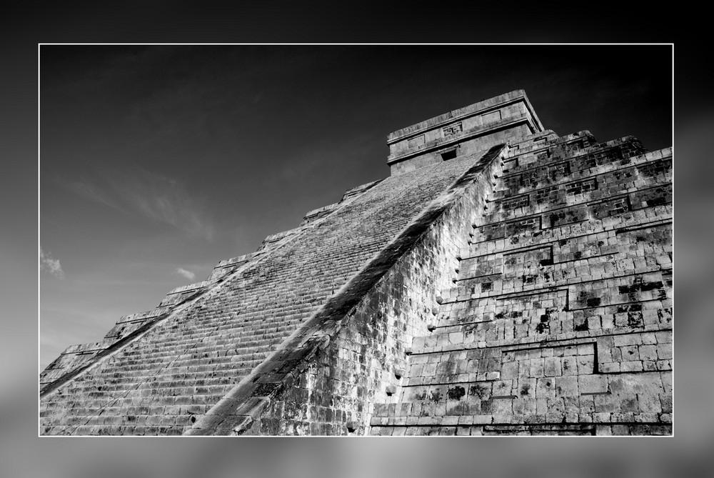 Chichén Itzá, Pyramide des Kukulcán
