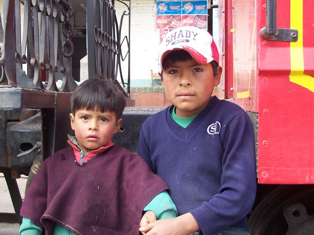 Chicos in Riobamba