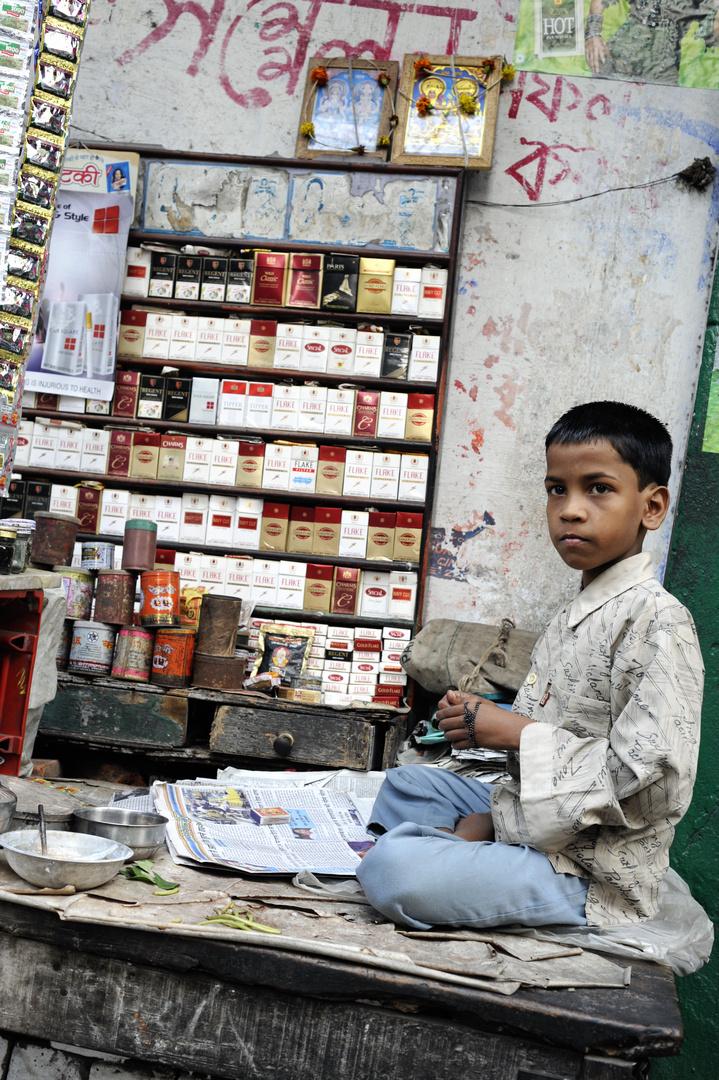 Children at Work: Tobacco and Pan Seller in Kolkata India 2009