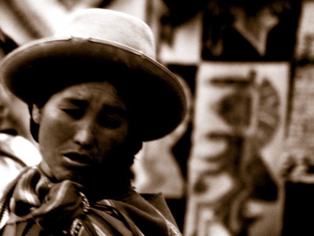 chinchero's woman
