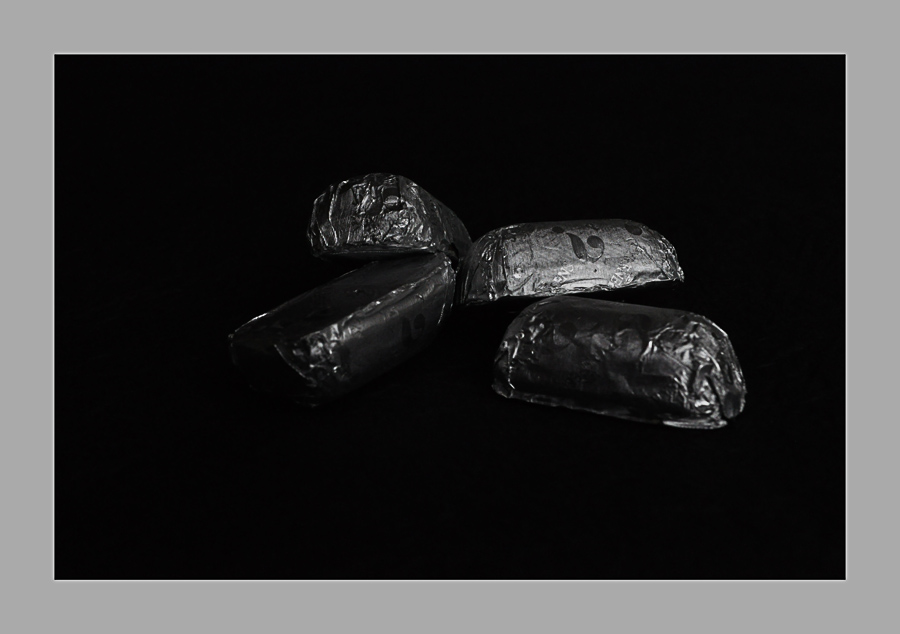 Chocolats...............................noirs!
