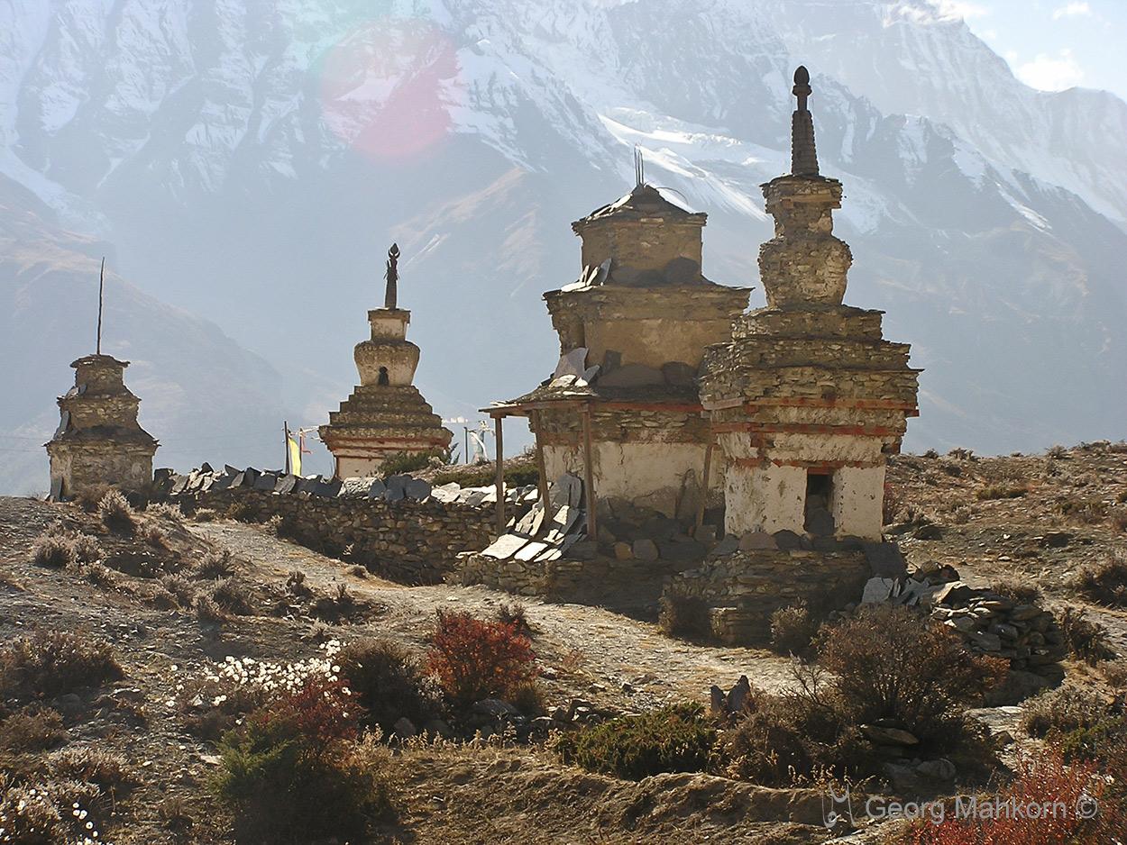 Chörten bei der Umrundung des Annapurna