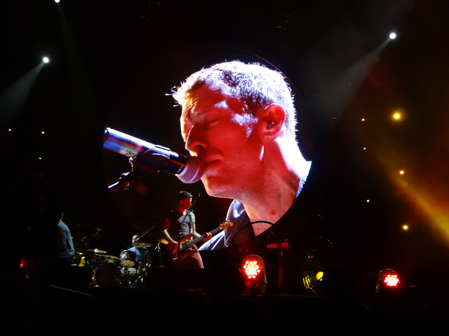 Chris Martin from Coldplay, Hannover 22.09.2012, mylo xyloto Tour