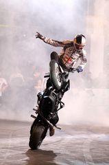 Chris Pfeiffer bei seiner Stunt Show - Bild2