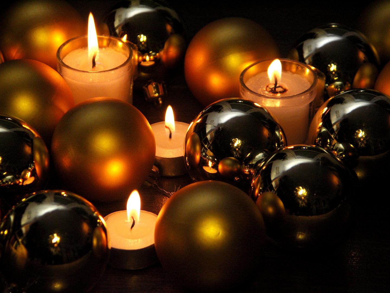 christbaumkugeln foto bild gratulation und feiertage weihnachten christmas adventskalender. Black Bedroom Furniture Sets. Home Design Ideas