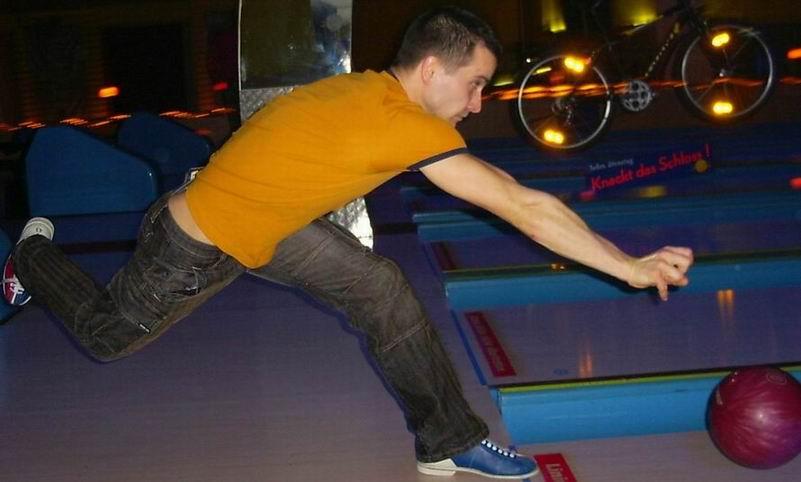 Christian beim Bowling
