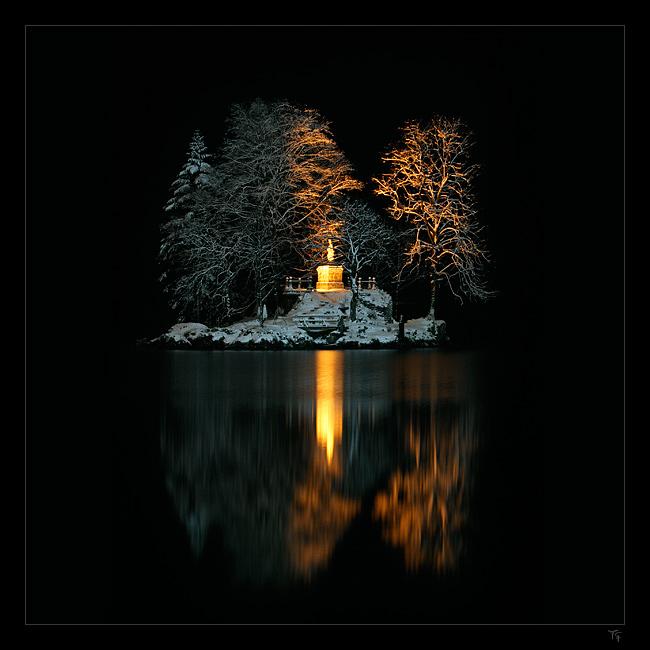 Christlieger bei Nacht [squared]