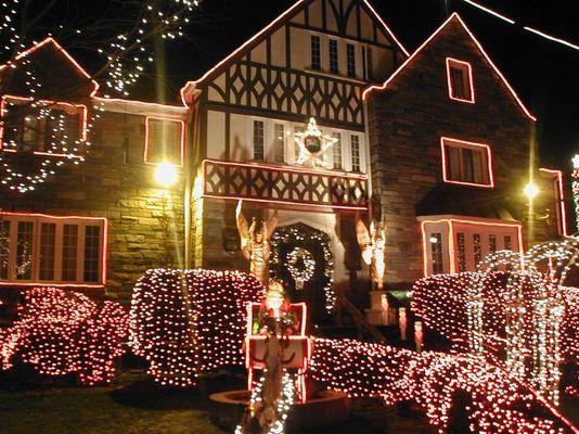 CHRISTMAS LIGHTINGS IN WASHINGTON DC