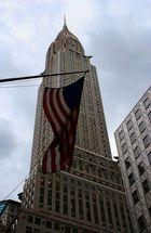 Chrysler Building zeigt Flagge