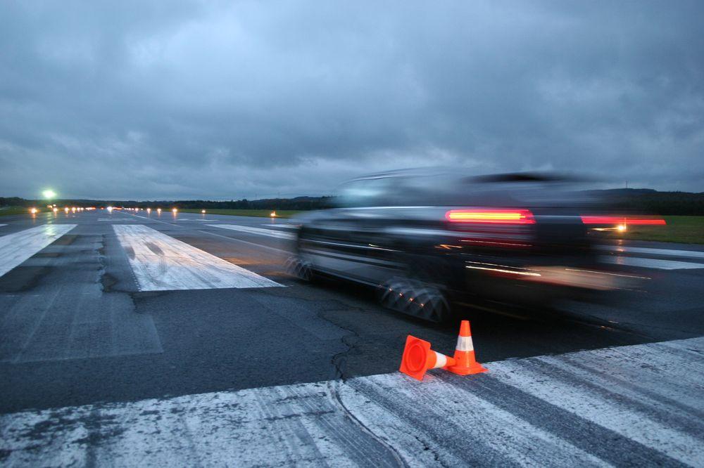 Chrysler Flugplatzevent 2008 mit SRT8
