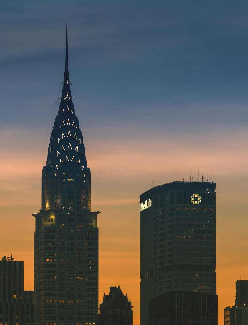 Chrysler + Metlife Building