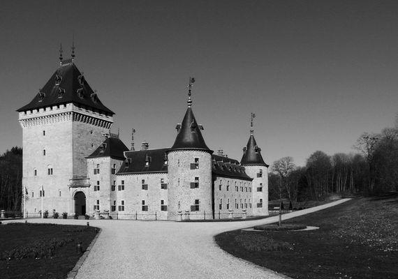 château de Jemeppe noir et blanc 2