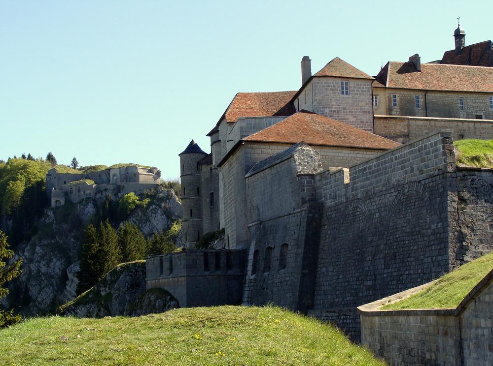 Château de Joux (F).02