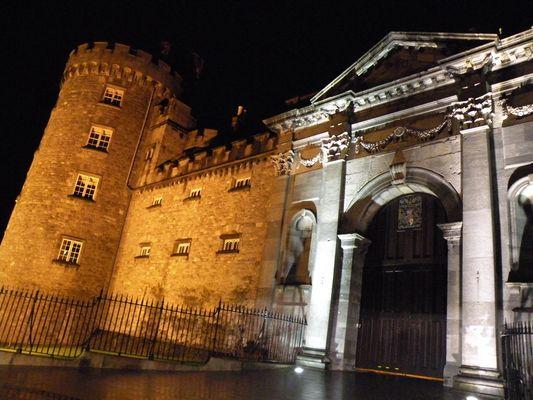 Château de Kilkenny de nuit Irlande