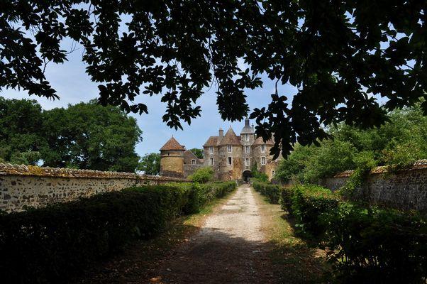Château de Ratilly ( 89520 Treigny Yonne )