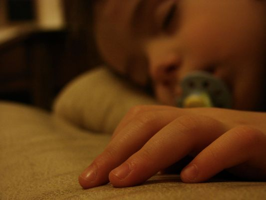 Chut...Bébé dort !