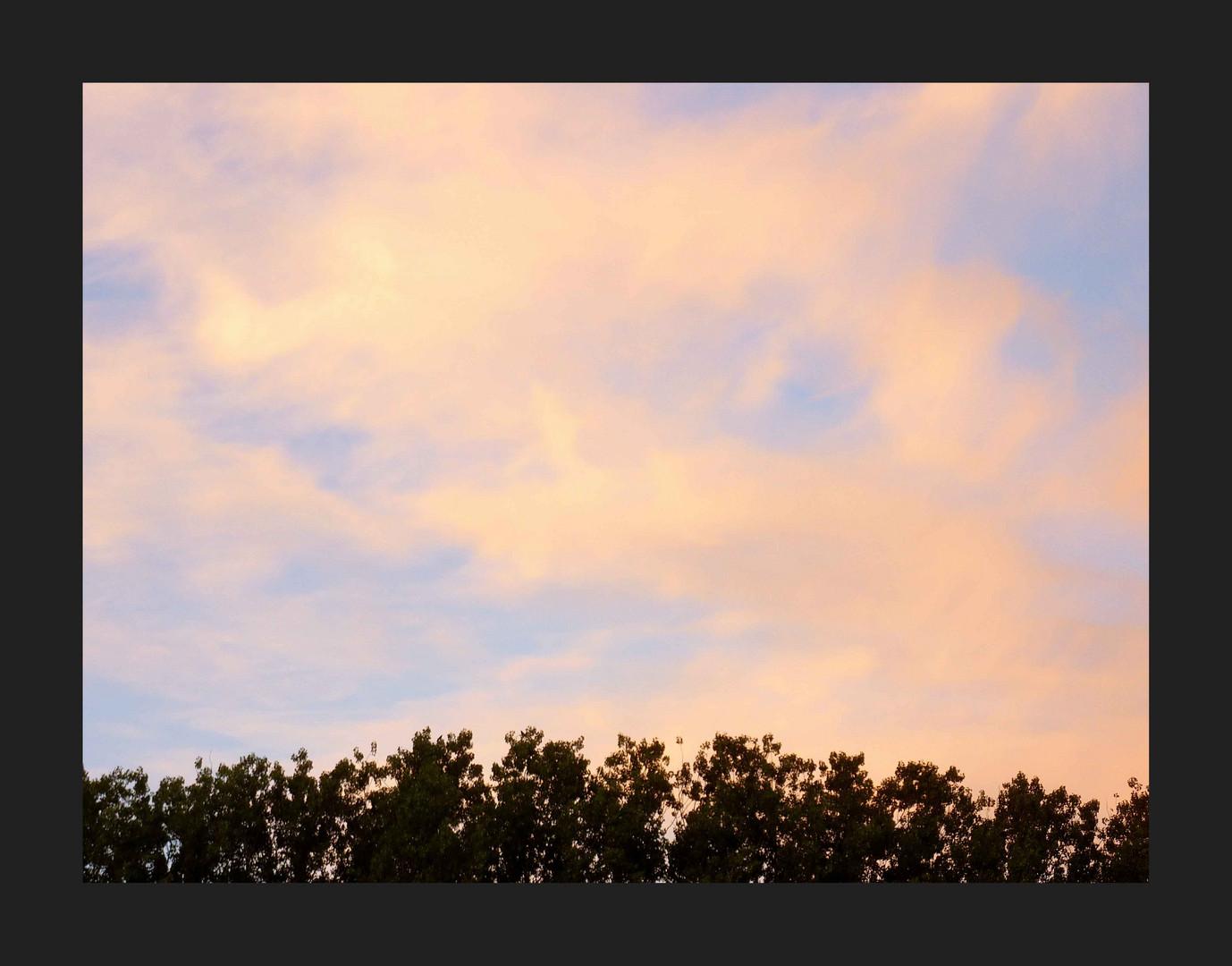 Ciel et nuages colorés