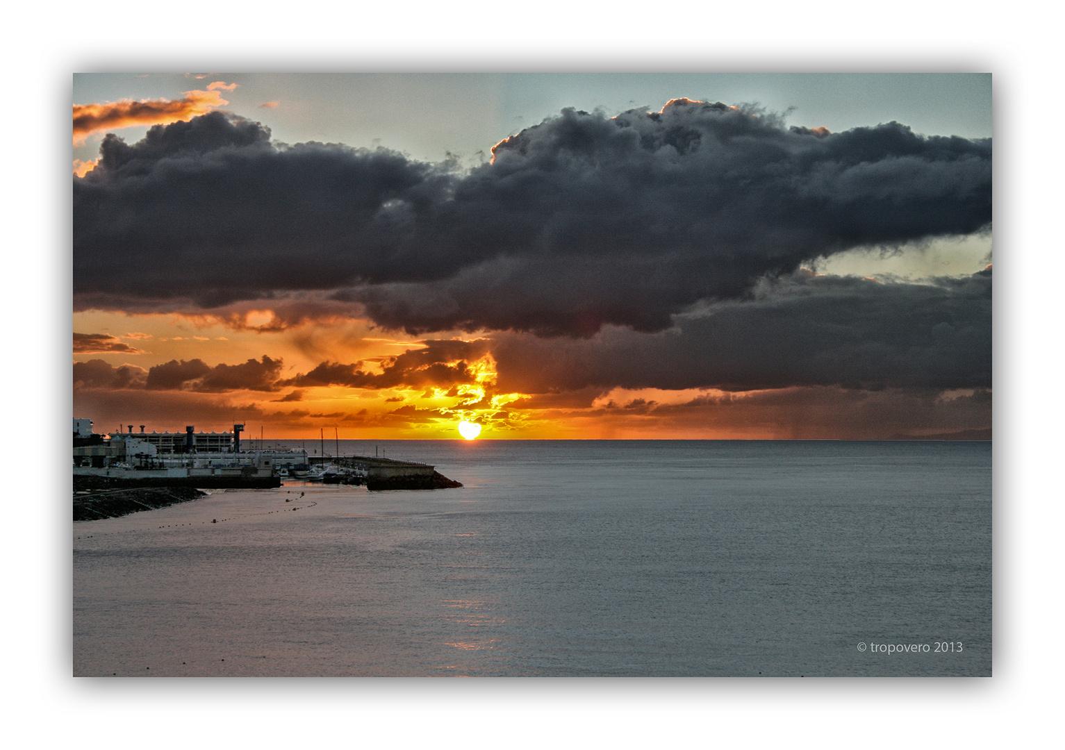 Cielo denso al amanecer