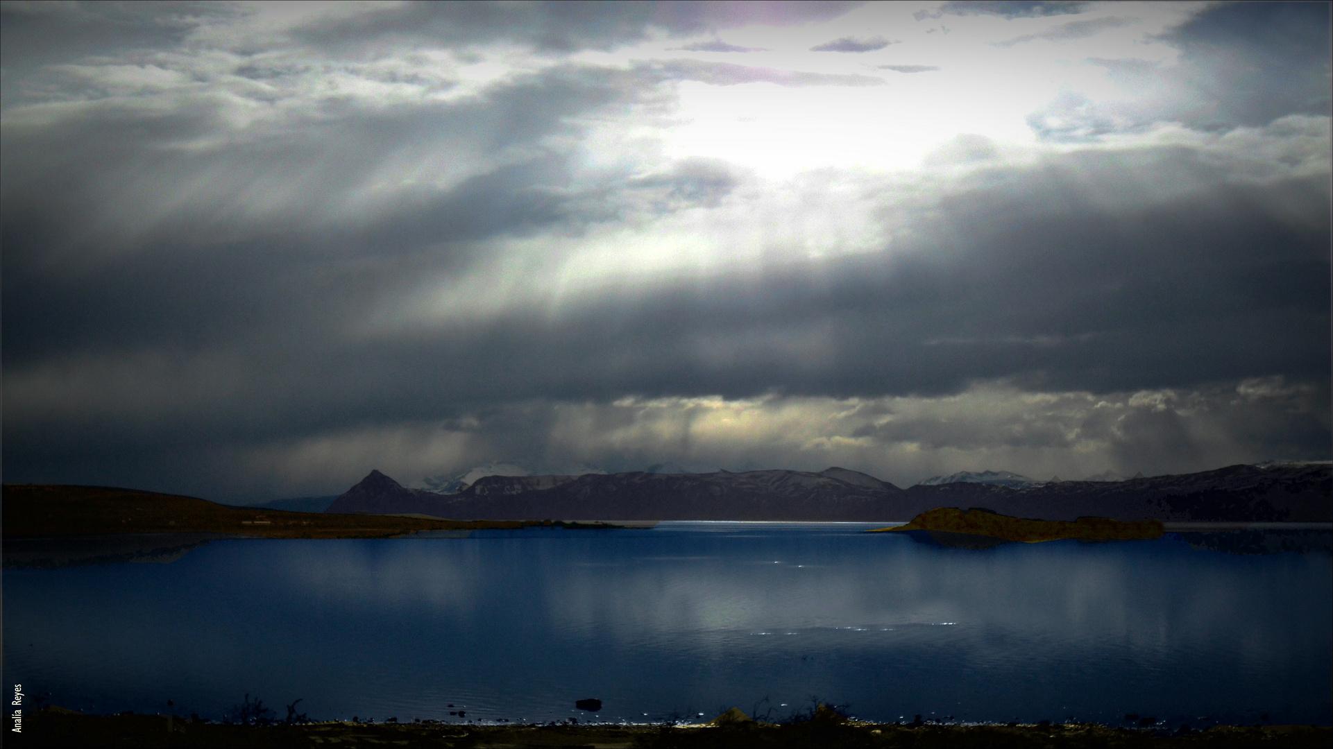 Cielo y lago
