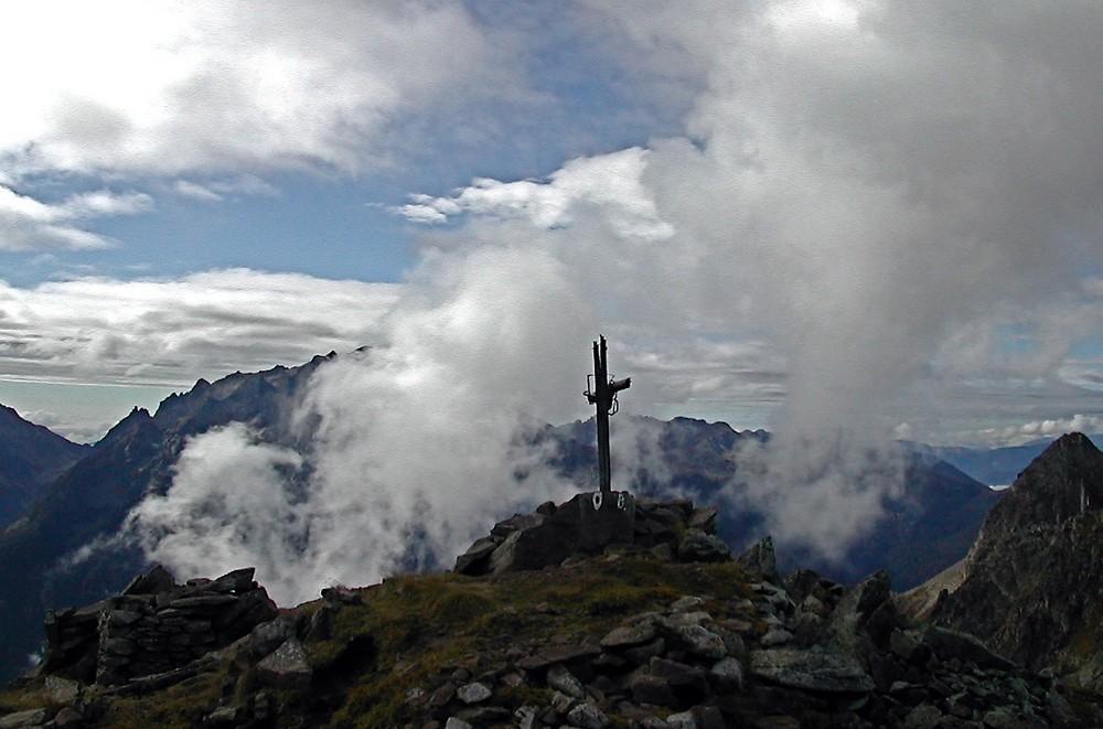 Cima Busa Alta -   nel gruppo Lagorai -  mt.2513