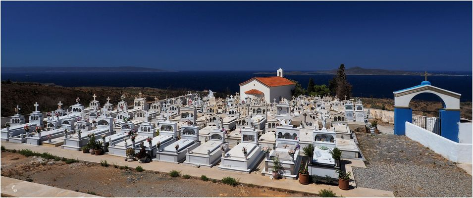 Cimetière d'Agios Nikolaos.