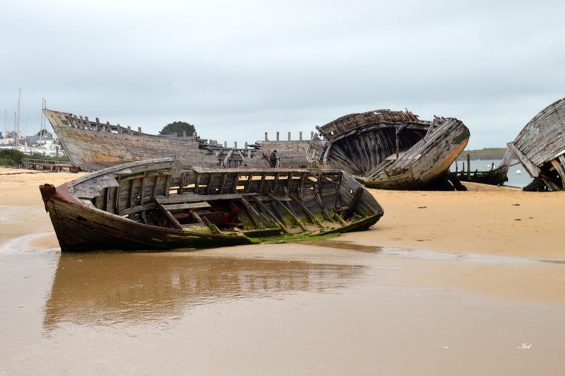 Cimetière des bateaux ....