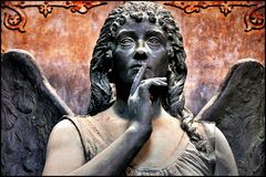 Cimitero di Staglieno - Silenzio!