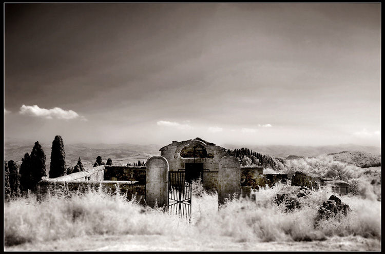 cimitero toscano