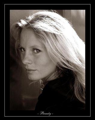 Cindy - beauty -